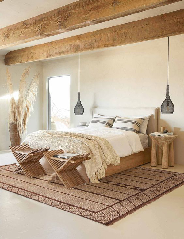 bohemian-bedroom-design-with-wooden-accents
