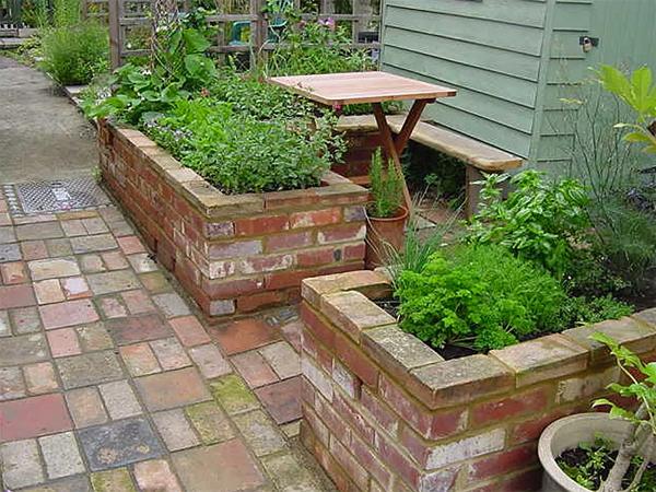 brick-raised-bed-garden-ideas
