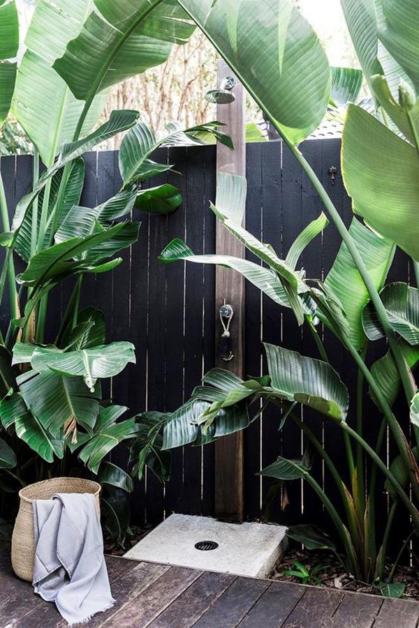 coastal-garden-with-outdoor-shower-design