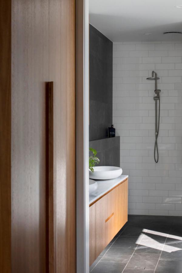 contempory-cottage-bathroom-design