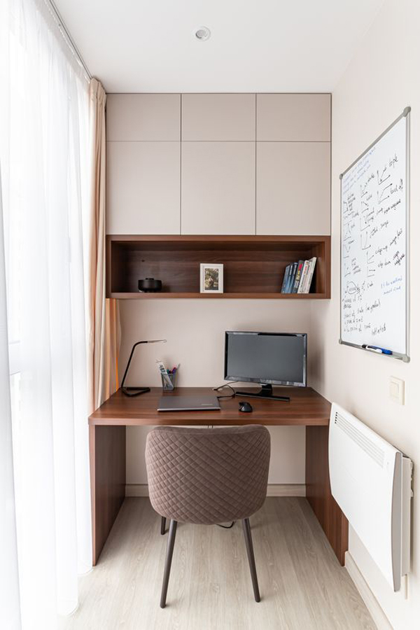 contempory-workspace-for-small-space