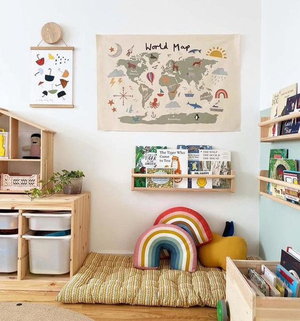 cozy-kids-playroom-with-reading-nook