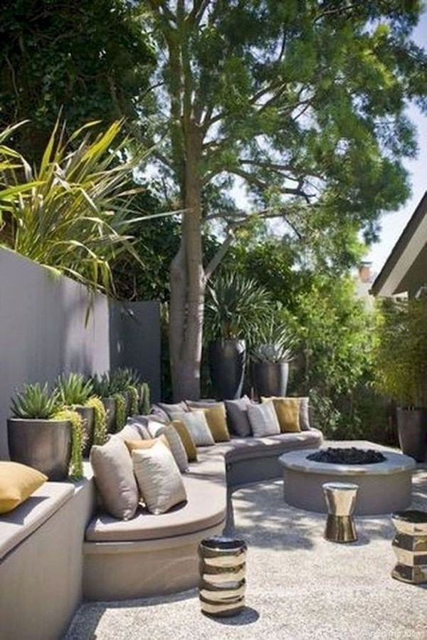 curved-benches-outdoor-design