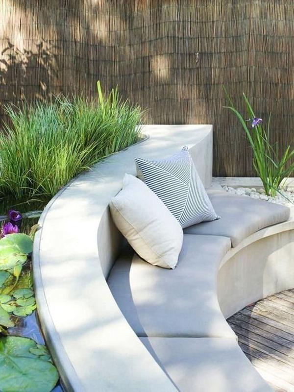 curved-benches-outdoor-for-relaxing