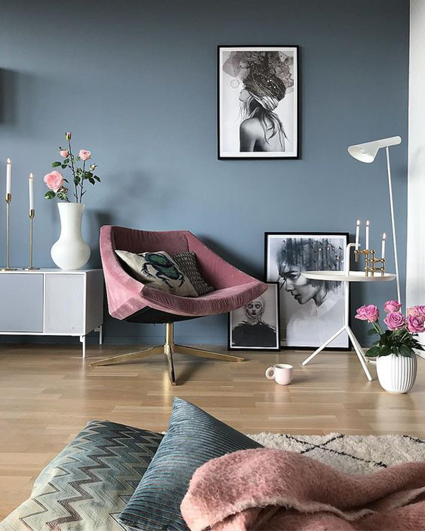 grey-blue-accent-walls-with-pink-accessories
