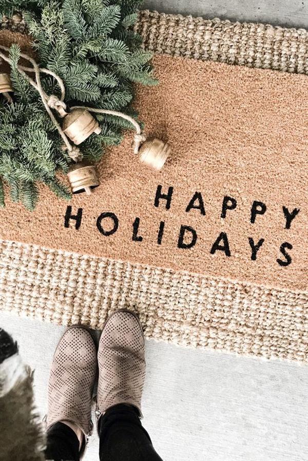 happy-holidays-doormat-ideas