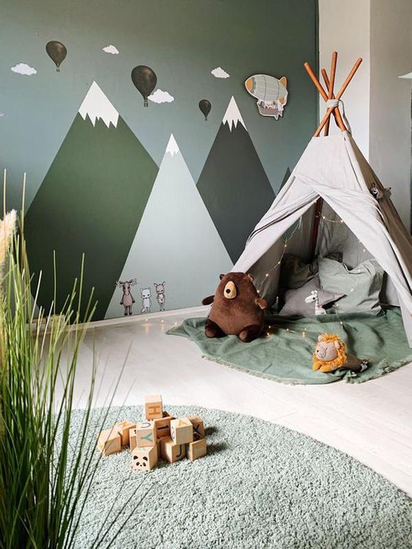 indoor-kids-playroom-with-tents
