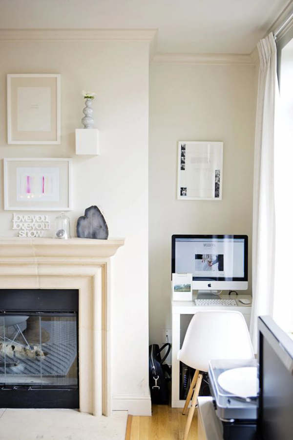 living-room-with-tiny-home-office