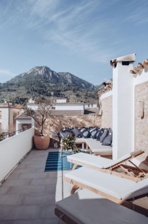 mediterranean-large-balconies