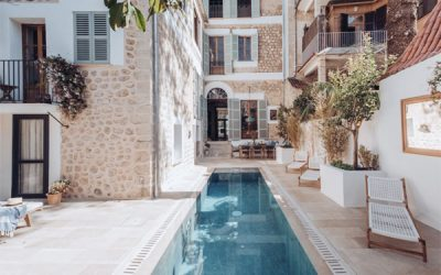 mediterranean-townhouse-with-small-pool-design