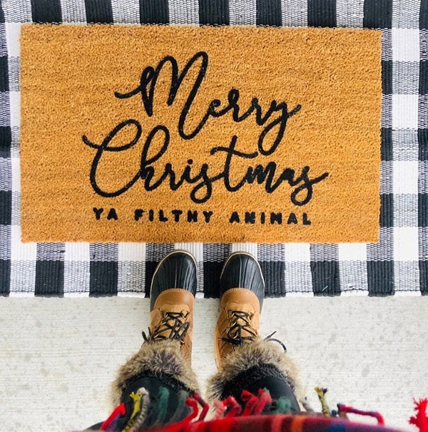 merry-christmas-doormat-to-welcome-your-guest
