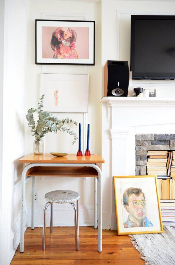mid-century-home-office-for-small-space