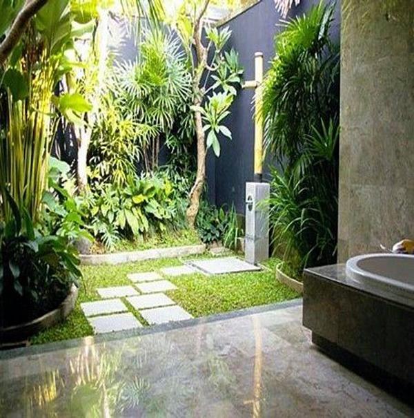 minimalist-outdoor-bathrooms-with-indoor-gardens