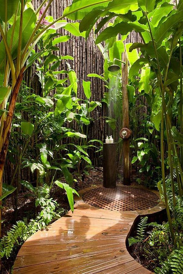 natural-outdoor-shower-designs