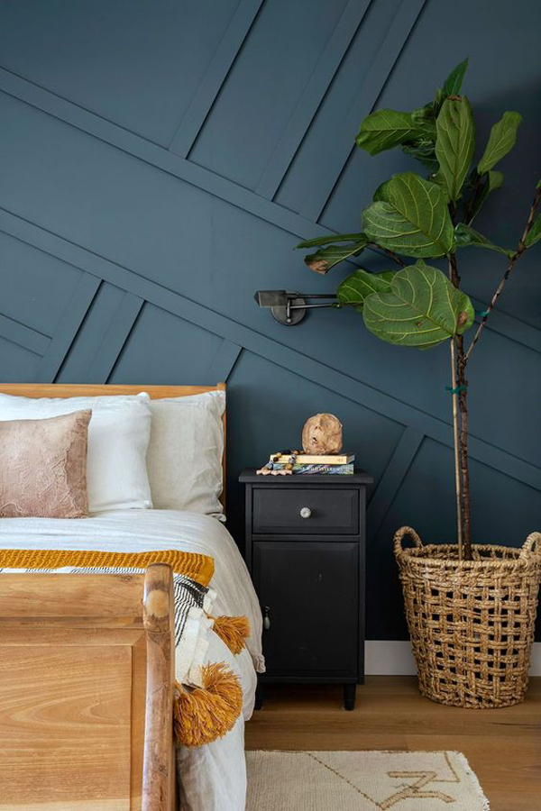 navy-blue-accent-walls-for-master-bedroom
