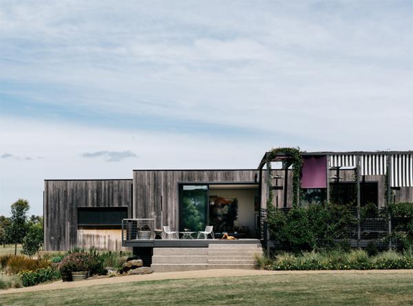 peninsula-house-front-landscapes