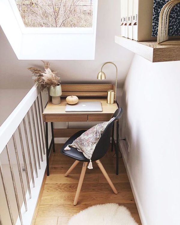 small-home-office-for-wfh