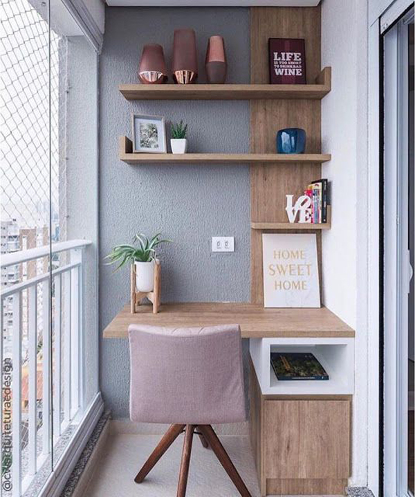 small-private-balcony-with-workspace