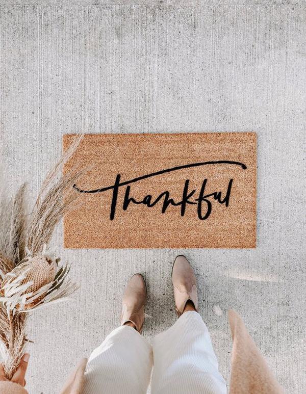 thankful-holiday-doormat-ideas