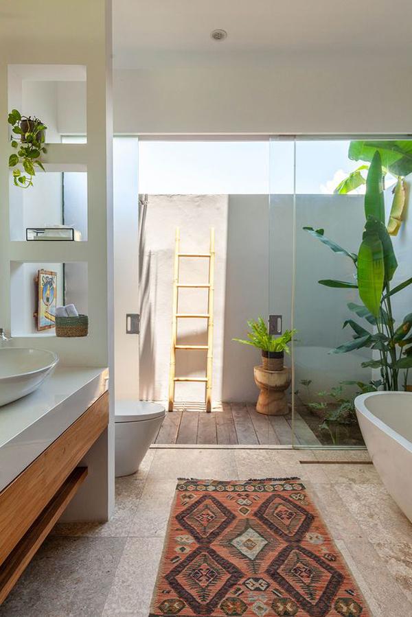 tropical-outdoor-canggu-bathrooms-with-indoor-gardens