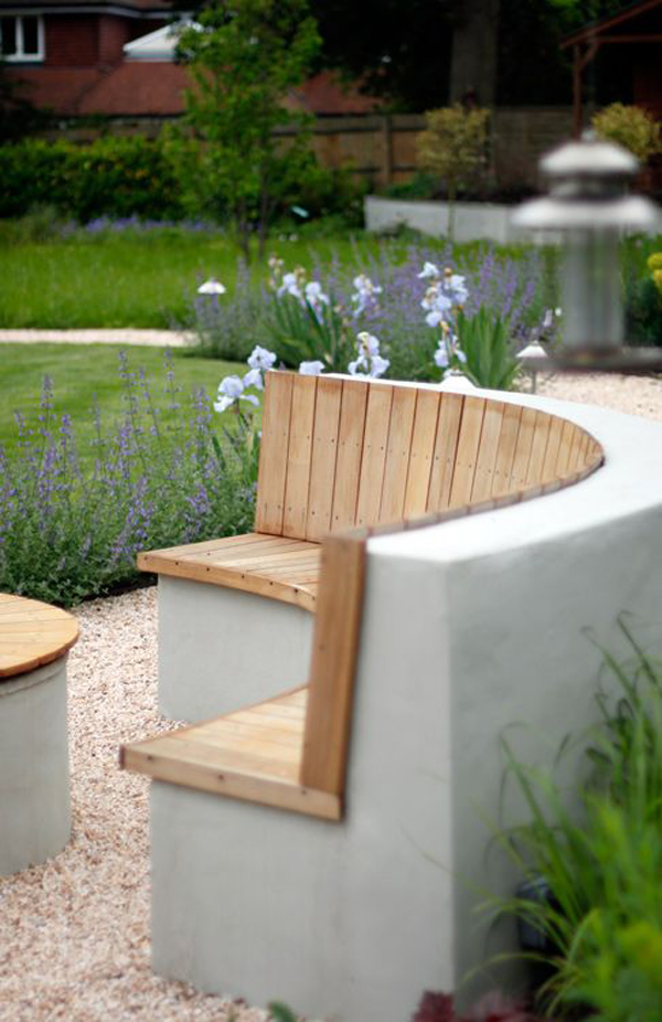 wood-and-concrete-curved-benches-outdoor