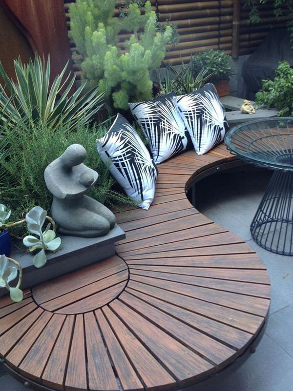 wood-garden-curved-bench