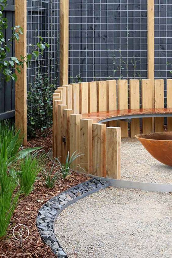 wood-outdoor-curved-benches-ideas