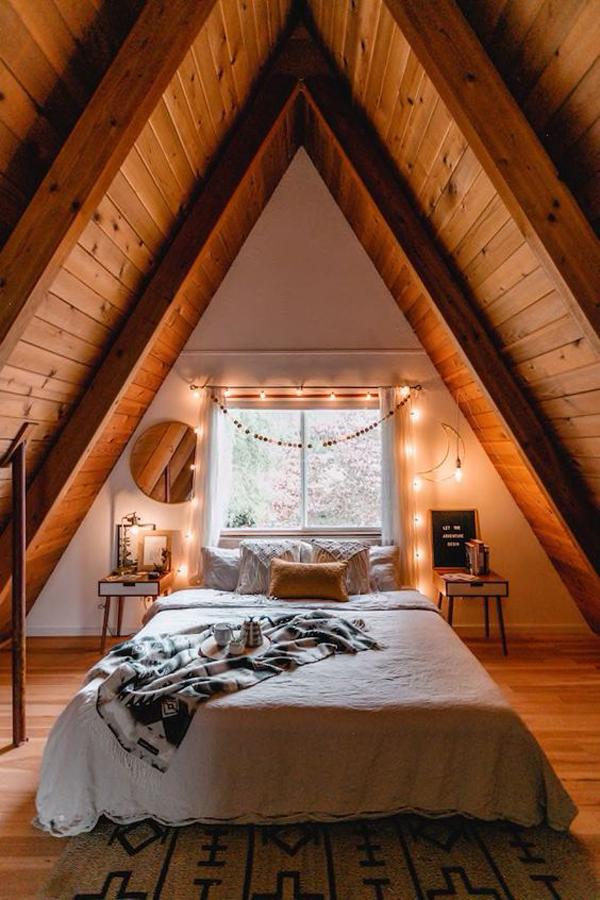 wooden-a-frame-bedroom-design