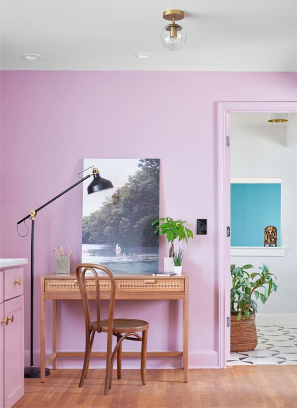 beautiful-vintage-home-office-with-lical-color