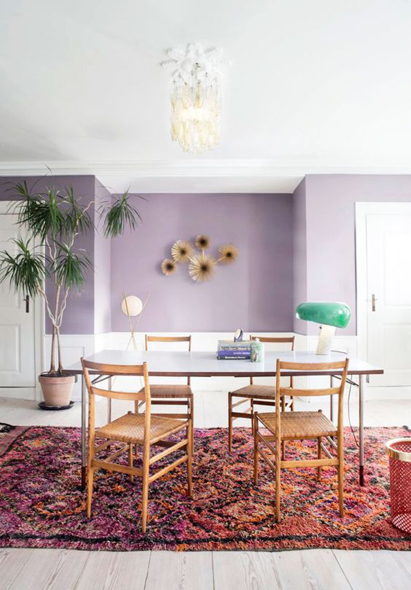 boho-dining-room-with-lilac-accent-walls