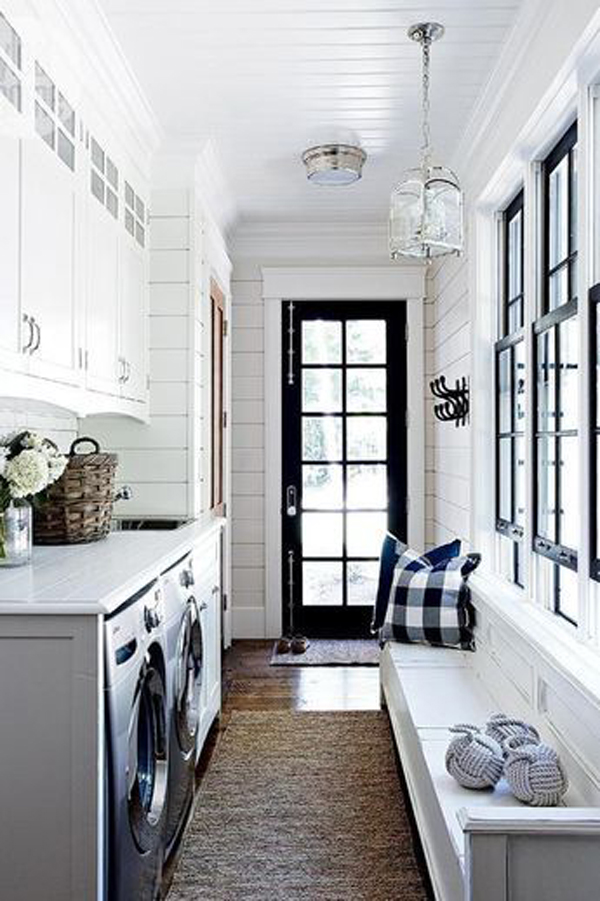 bright-mudroom-ideas-with-laundry-space
