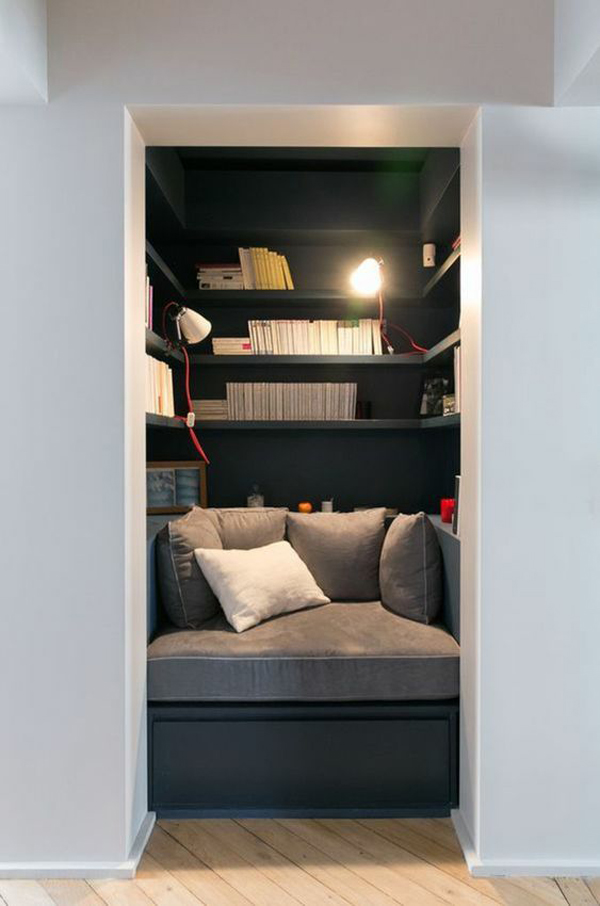 built-in-closet-reading-nook-for-boys