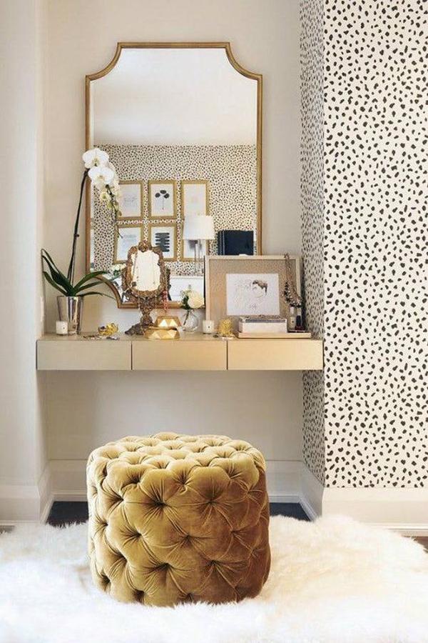 built-in-vanity-room-design