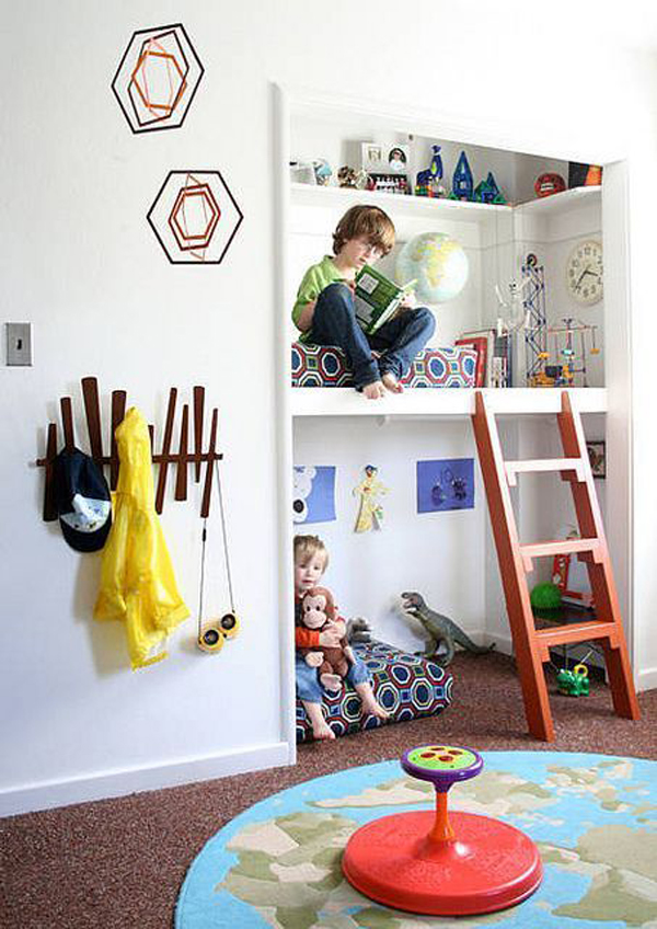closet-bunk-bed-and-reading-nook-ideas