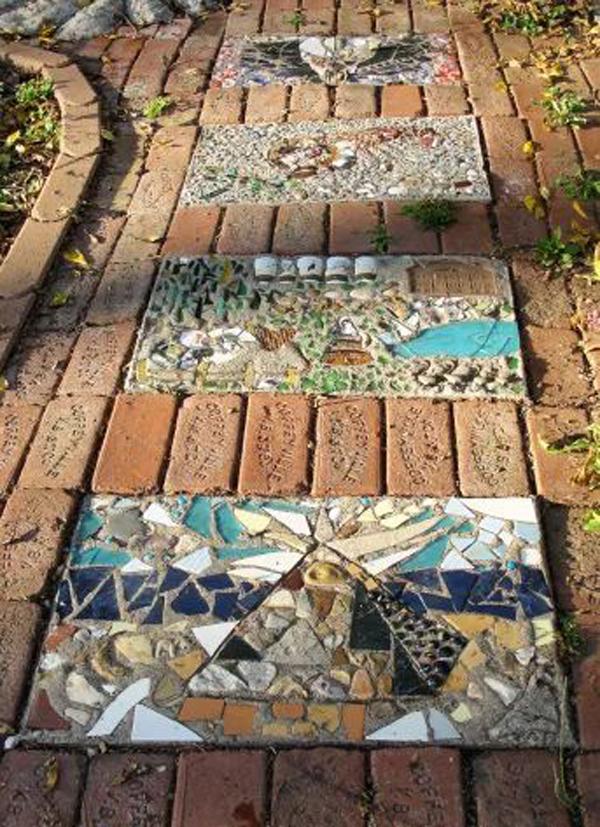 diy-garden-mosaic-path