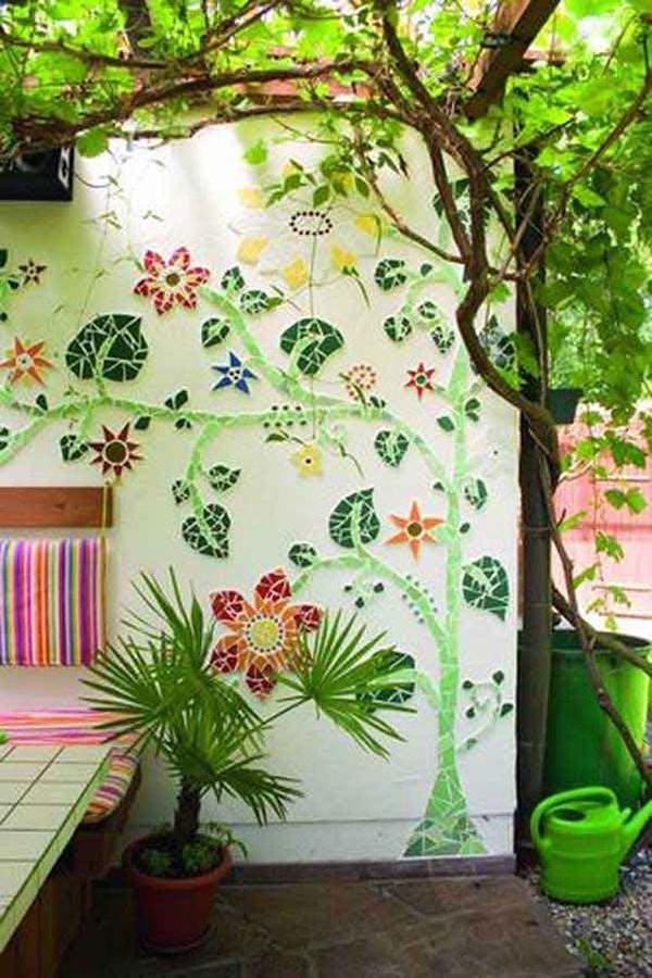 diy-mosaic-garden-art-wall