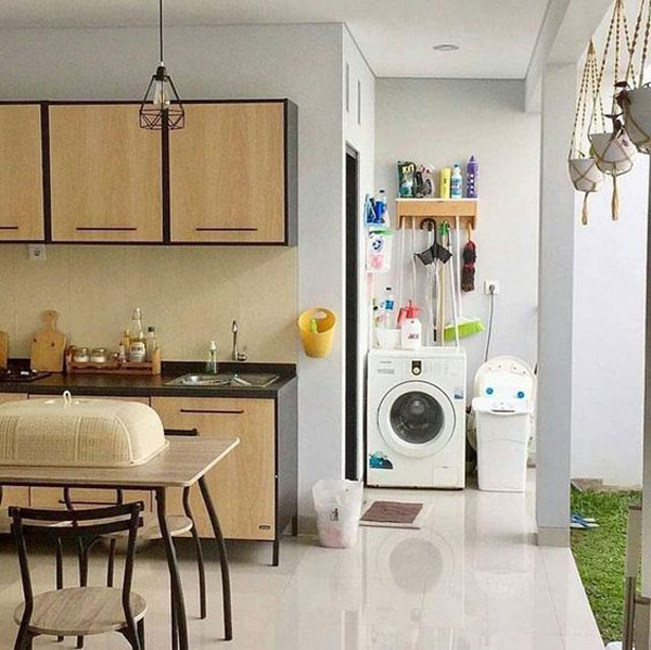 indoor-outdoor-laundry-room-with-kitchen-and-dining-space