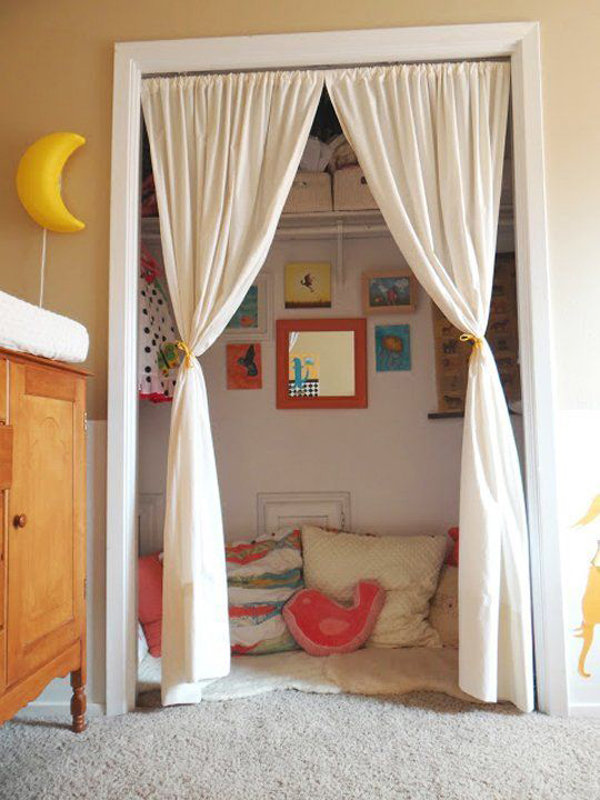 kids-reading-nook-in-closet
