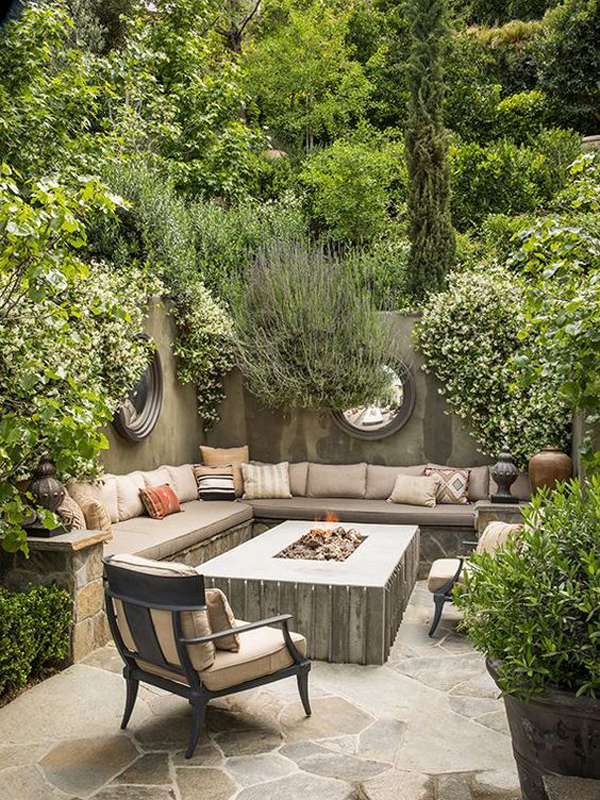 large-garden-seating-with-firepit-ideas