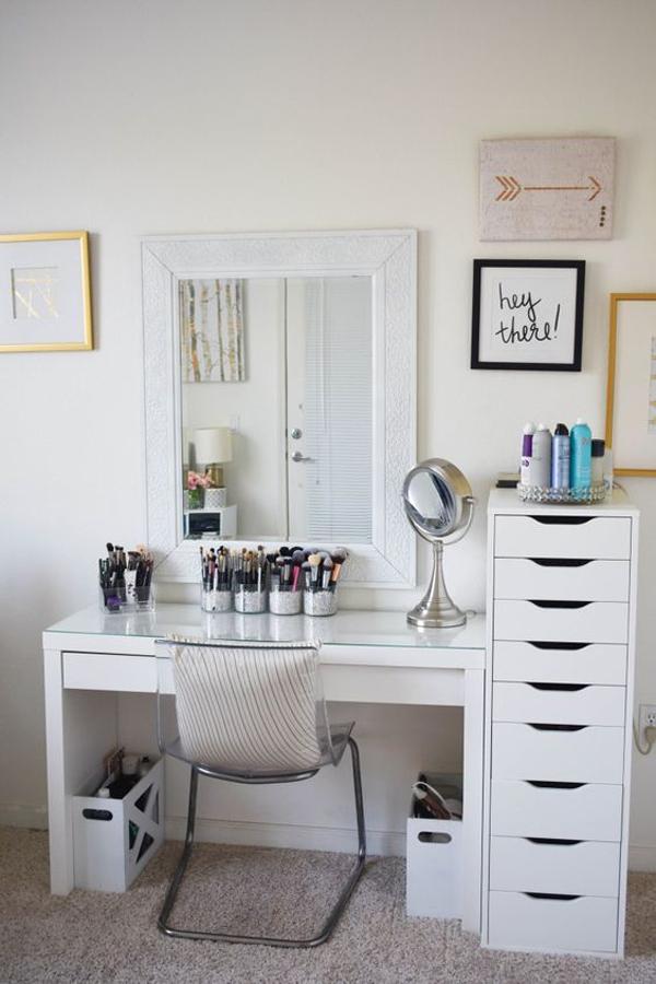 minimalist-makeup-desk-with-storage-ideas