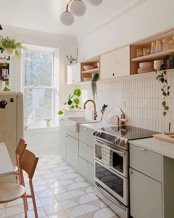 natural-kitchen-light-for-limited-space