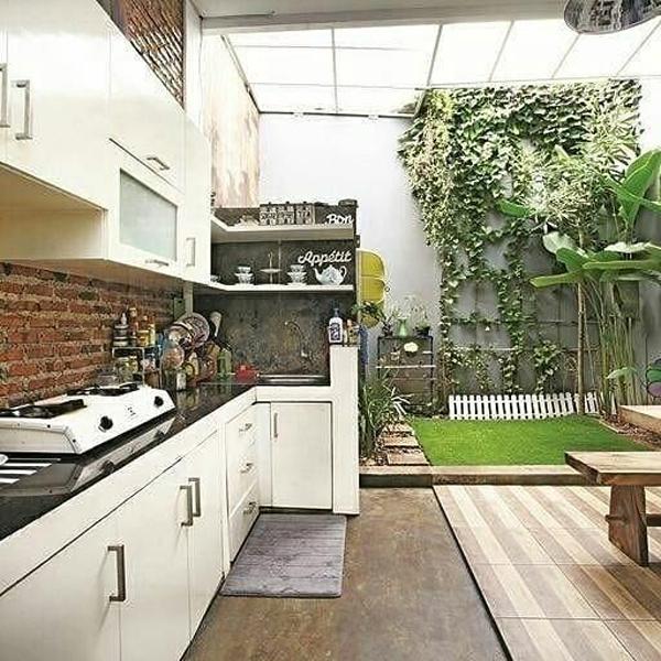 open-kitchen-with-brick-backsplashes