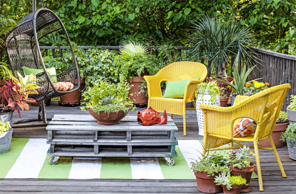 rattan-chair-garden-design