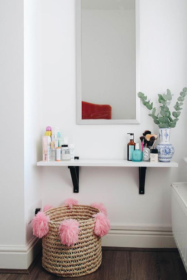 small-floating-makeup-desk