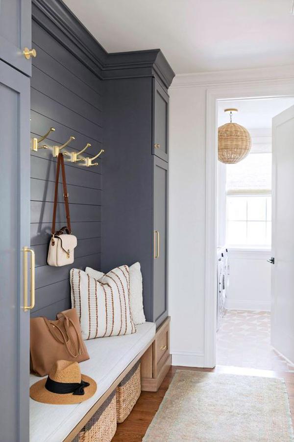 small-grey-mudroom-and-entryway-ideas