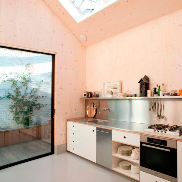 small-kitchen-integrated-with-outdoor