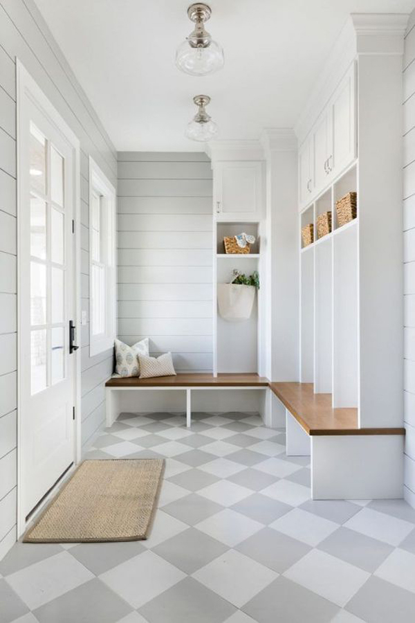 stylish-white-mudrooms-with-coastal-inspired