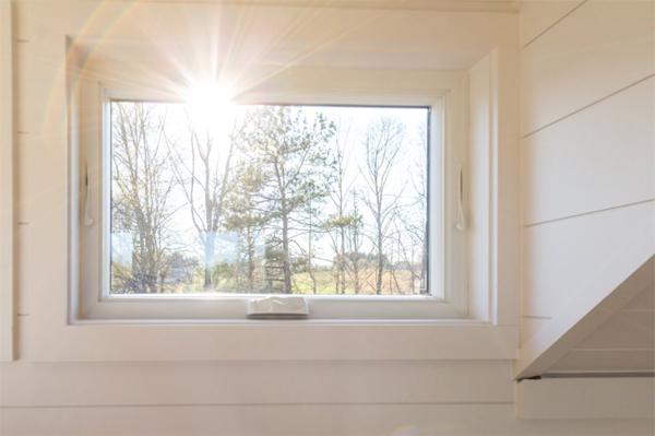 tiny-home-with-large-window