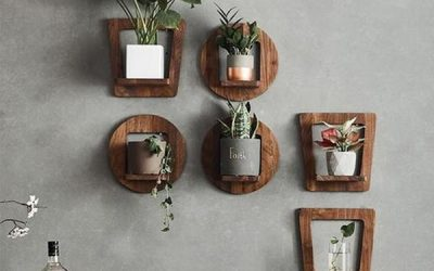 vintage-and-modern-wood-planter-wall