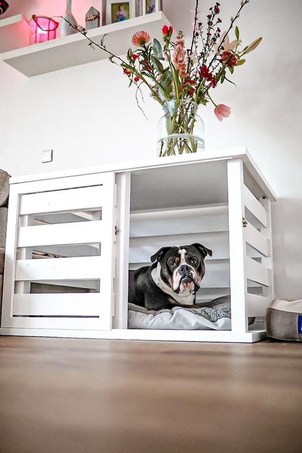 white-dog-kennel-with-flower-vases